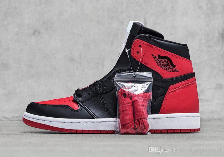 meet b7de2 51a25 Air Jordan 1 Top 3 Chicago Banned Royal Man Basketball Shoes