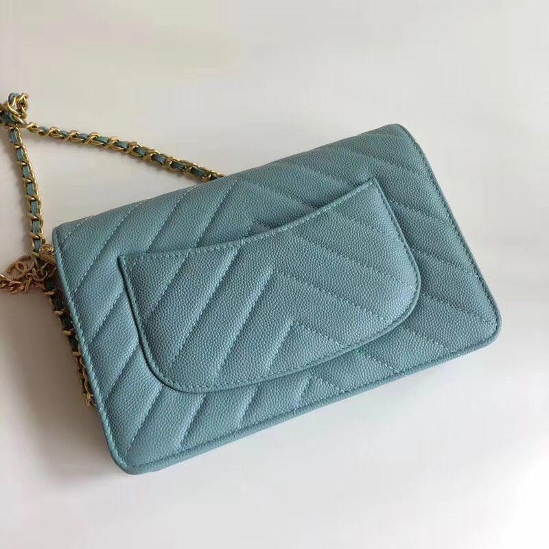 Free shipment 2018 summer ladies handbags origianl quality cross body fashion bags with hearts design Mini party bags