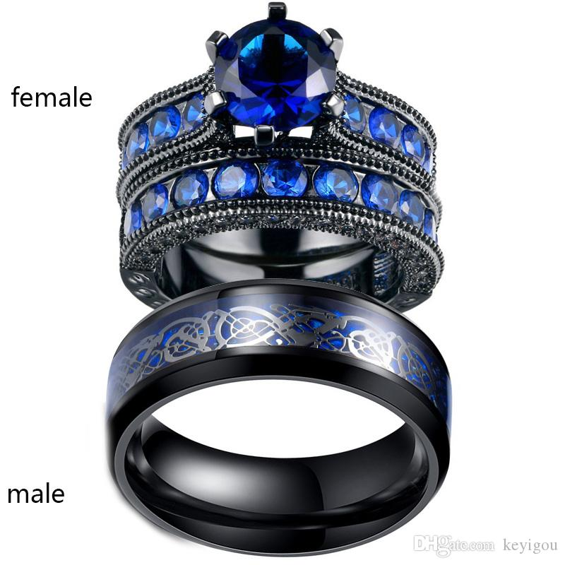 Sz5-12 TWO RINGS Coppia Anelli His Hers Black Gold Filled Round 1ct Blue Sapphire Anello da donna Set da uomo Dragon Pattern Stainless Steel Ri