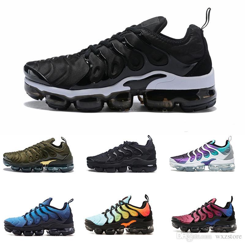 7401e32bf60 Compre Nike Air Max TN Plus 2018 Más Nuevo Zapatos Casuales Para Hombre  Triple Negro Blanco Metalizado Plata Colorways Pack Para Hombres Zapatillas  ...