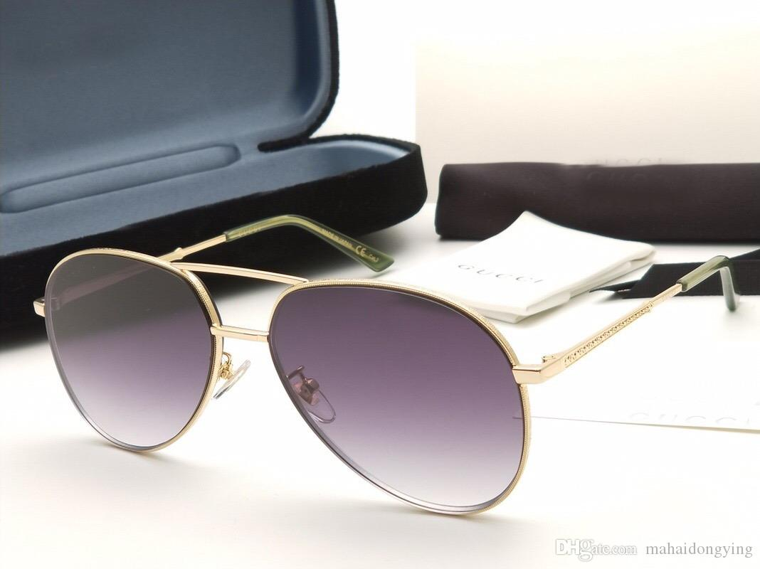 066a359f67 Compre Gafas De Sol Cuadradas Para Mujer / Hombre Marco Negro / Dorado  Lente Espejada Dorada GAFAS DE SOLAMENTE CON MARCO NUMGG180308 4a A $52.8  Del ...