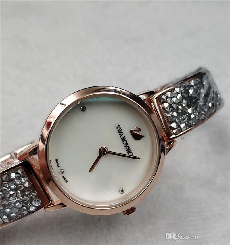 Compre Nueva Moda Rhinestone Relojes Mujeres Marca De Lujo De Acero  Inoxidable De Oro Rosa Pulsera Relojes Señoras Vestido De Cuarzo Relojes  Reloj Mujer ... e1764c6b0ead