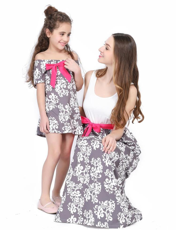 Family Matching Mother and Daughter Off Shoulder Flower Printed Dress Skirt