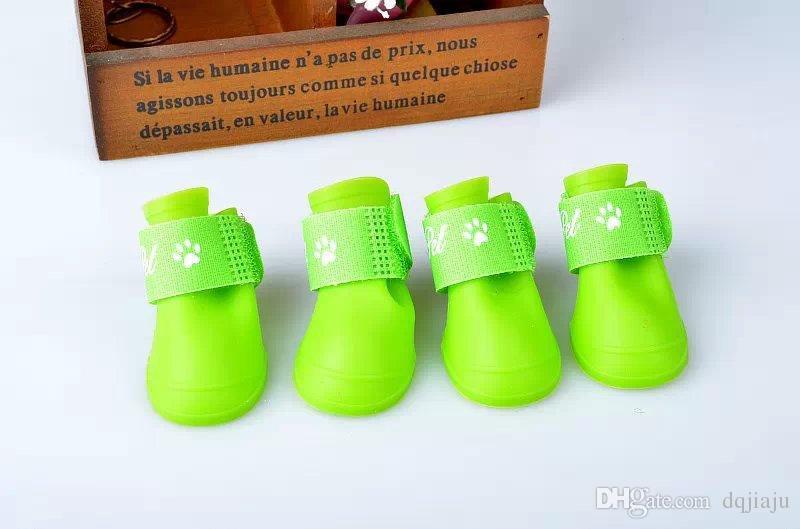 Scarpe da compagnia impermeabile stivali da pioggia Prodotti animali antiscivolo Pet stivali da pioggia Moda scarpe cane carino spedizione gratuita