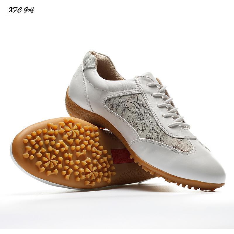 bdbccc9dcd Compre 2017 Sapatos De Golfe Sapatos Femininos De Couro Genuíno E À Prova  De Água Livre Respirando Sapatilha Andar Tênis Sapatos Calçados Femininos  De ...