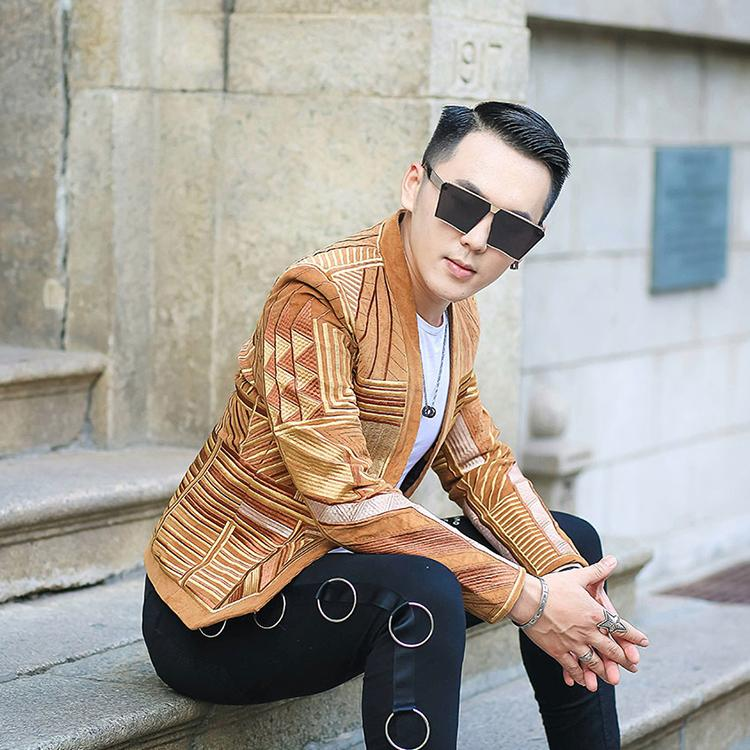 S-2XL!!! Fashionable gold thread geometric em The new fashion trend club has an autumn/winter leisure suit embroidered coat