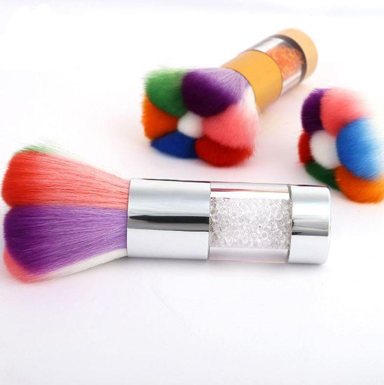 Neues Muster Beauty Tools Staubbürste Reinigungsbürste Beauty Blush Brush Bohrgriff Feine Borste T4H0449