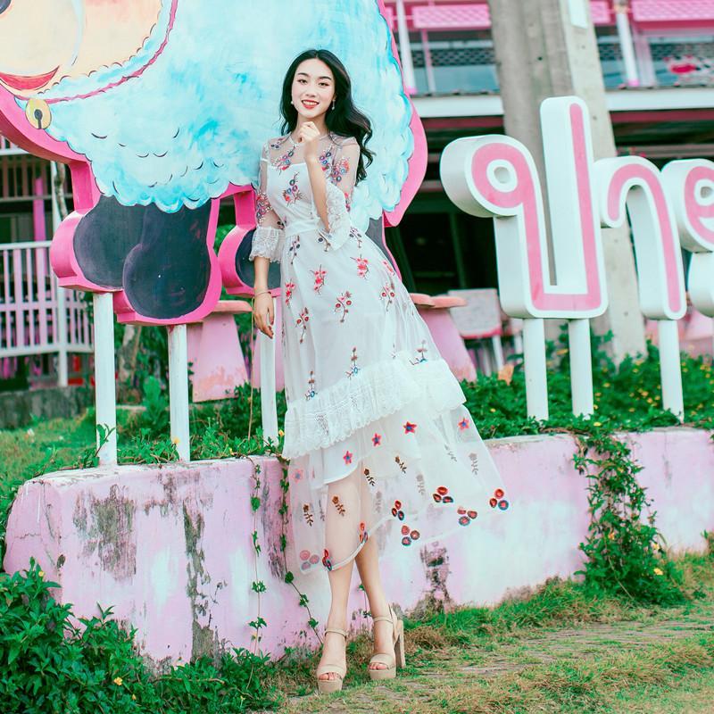 Compre Vestido De Fiesta De Marca De Diseñador De Alta Calidad Al Por Mayor  Mujeres Largas Vestidos Maxi Femme Vestidos Bordado Floral Vestido Mexicano  ... 8e9957ac25bc