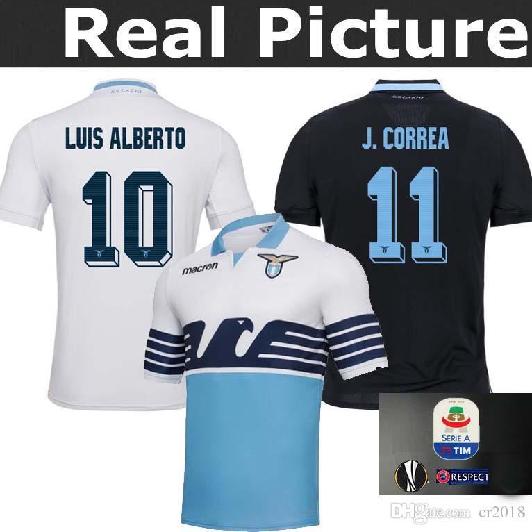 190bc3f8689b3 Top De La Mejor Camiseta De Lazio Europa League 2018 2019 Local Lejos De  Casa Adulta 17 INMOBILIARIO   21 SERGEJ   19 LULIC   10 LUIS 18 19 LAZIO  Camiseta ...