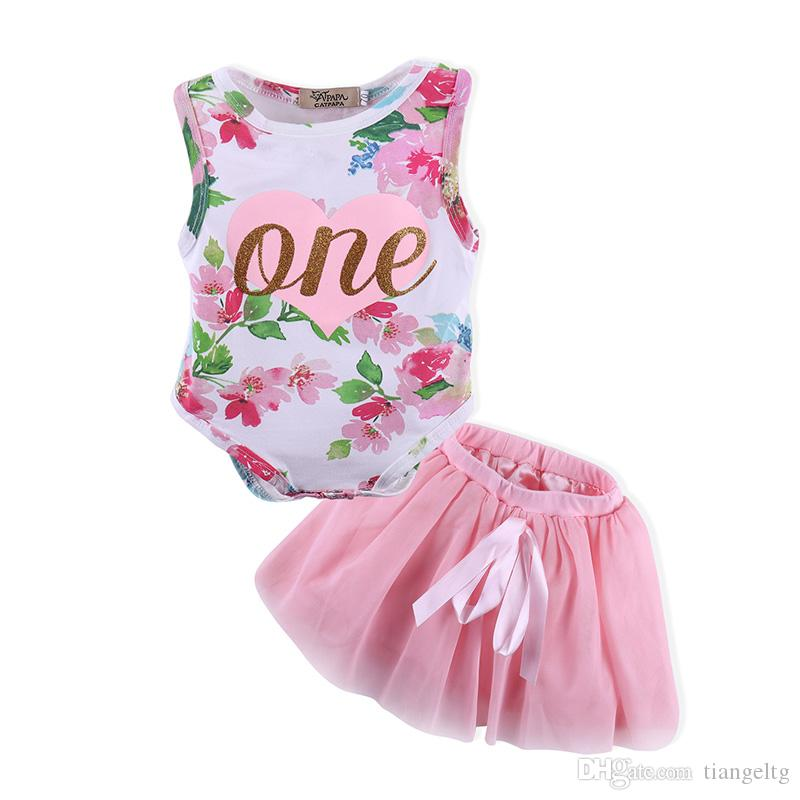 b66d107d45fb 2019 0 18M Baby Girls Romper Skirt One Heart Printing Two Piece Clothing  Sets Floral Jumpsuit Bow TUTU Skirt Outfits From Tiangeltg