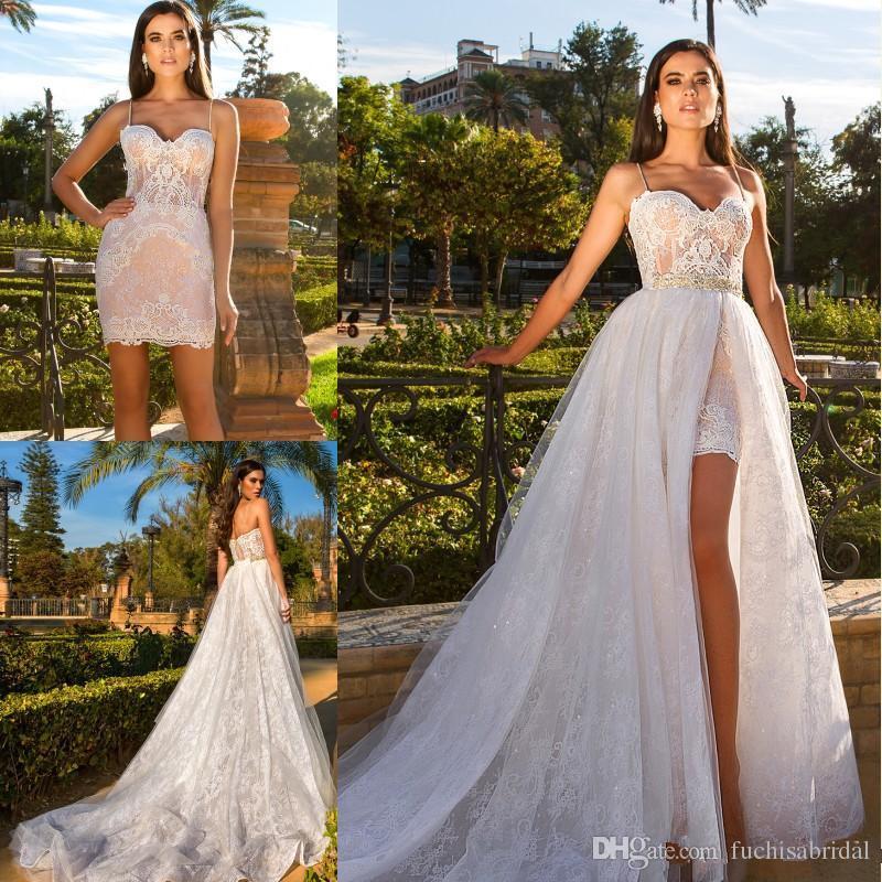 8e1b3c5ff2 Compre Ilusión Blusa Vestidos De Novia Cortos Con Falda Desmontable Alta  Split Con Cuentas Cintura De Encaje Vestidos De Novia De La Playa Vestidos  De Noiva ...