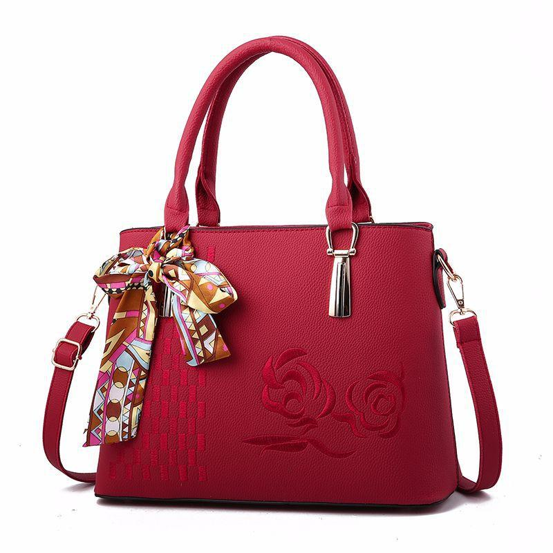 18f01559d0 NEW Saddle Bags Solid Messenger Bags Fashion Woman Crossbody Beautiful Lady  Shoulder PU Leather Women Handbags SD004 Crossbody Purses Ladies Purse From  ...