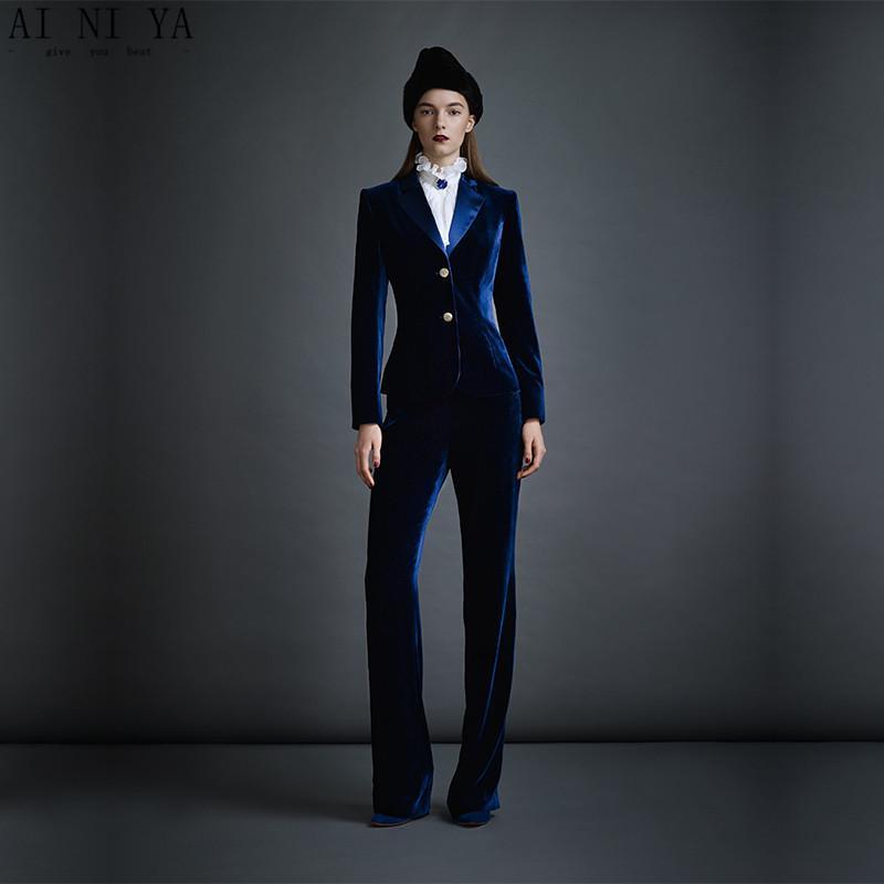 Compre Trajes De Negocios Para Mujeres De Terciopelo Azul Oscuro Trajes De  Pantalón De Oficina Formales Desgaste De Trabajo Femenino 2 Piezas  Conjuntos De ... f333d22b692