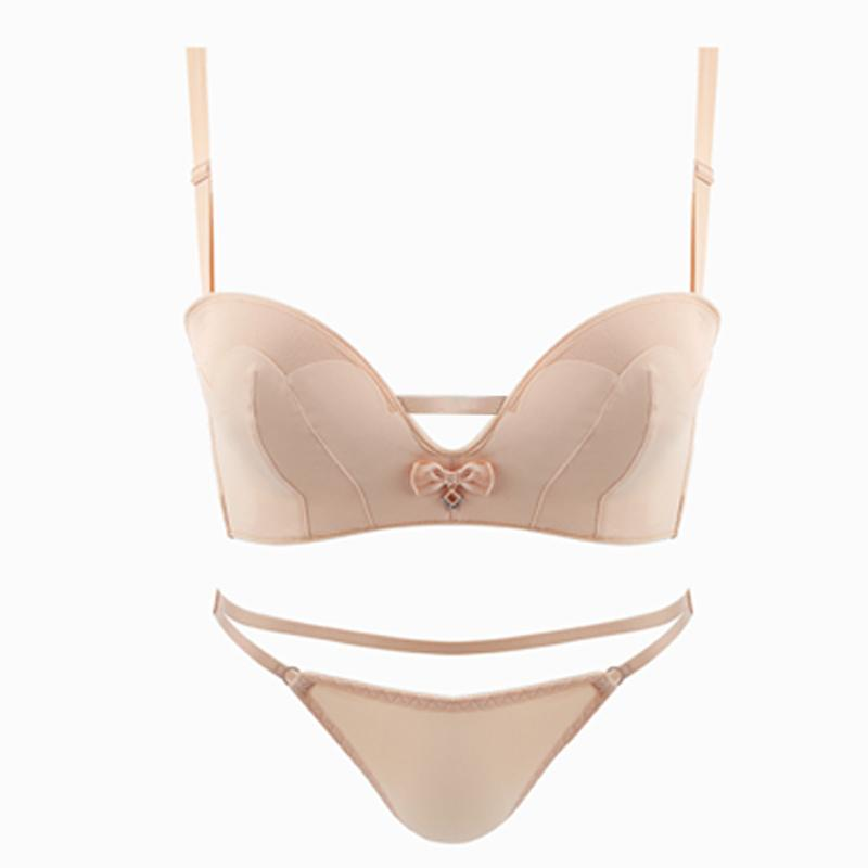 2d984f45cd74 2019 Wholesale Sexy Lingerie Seamless Breathable 2018 New Arrival Underwear  Luxurious Seamless Breathable Push Up Bra And Panties Set From  Chongyangclothes, ...