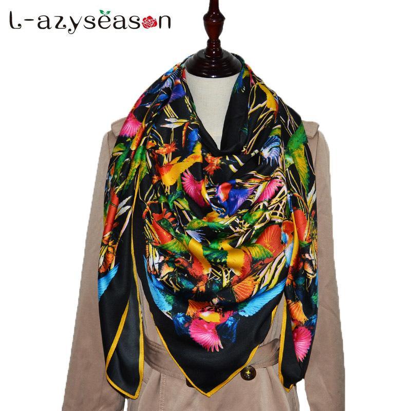 Acheter 2018 Grande Taille 130x130cm Femmes Marque De Luxe Bandana Carré De Soie  Écharpe De Mode Impression Hijab Noir Femmes Foulards En Gros S18101904 De  ... c644e5382b6
