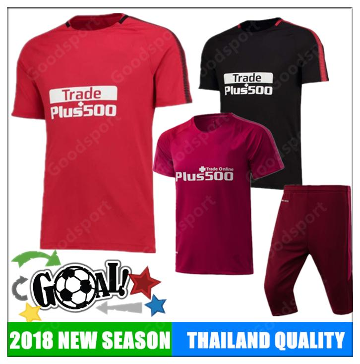 2019 2018 Madrid Training Suit Kits Soccer Football Training KITS Outfits  Christmas Day SPAIN Shirts Short Sleeves Shorts Pant Futebal Calcio Hot  From ... c021d5eb6