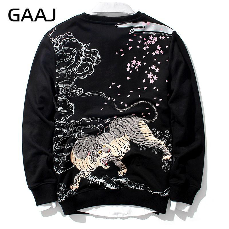 0e43af2ab036 2019 Sweatshirts Men Hoodie Embroidery Animal Chinese Tiger Japanese Style  Mens Hoodies Hip Hop Crewnecks Sweatshirt 4XL 5XL  TS004 From Xiatian6