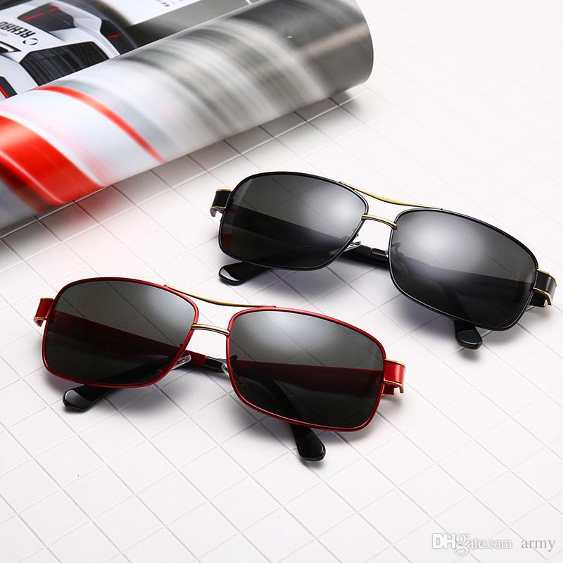5f6193ff0cef0 Compre Novos Homens De Condução Óculos De Sol 553 Design Da Marca Uv400  Lente Retro Luxo Óculos De Sol Óculos De Esportes Eyewear Com Armações De  Metal ...