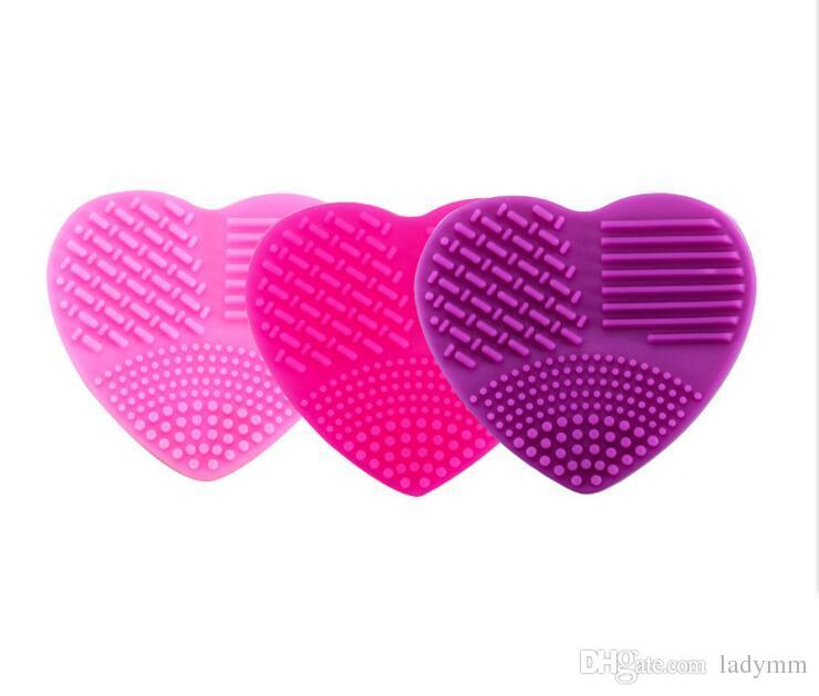 8 couleurs en forme de coeur pinceau de maquillage nettoyant silicone outil de nettoyage cosmétique brosse de lavage oeuf Brushegg pad cosmétique brosse nettoyant chaud