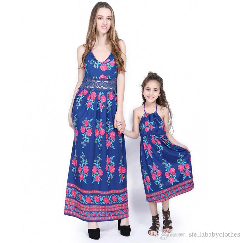 0e9c5ca31 Compre Vestidos A Juego De La Familia Madre E Hija Vestidos De Bohemia  Vestido De Playa Ropa De Playa Moda Floral Impreso Mamá Bebé Ropa De Fiesta  Ropa A ...