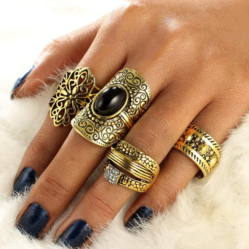 Alloy Paper Set Ring Court Temperament Hollow Carving Restore Ancient Ways Ring Black Jewel Set Diamond Ring Finger Dress