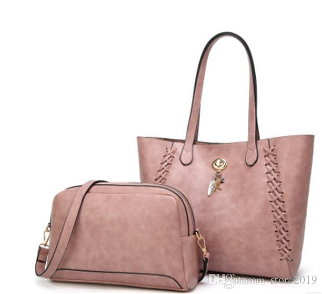 289f7110ab 2018 Styles Handbag Famous Designer Brand Name Fashion Leather Handbags  Women Tote Shoulder Bags Lady Leather Handbags M Bags Purse A17 Handbags  Brands Hobo ...