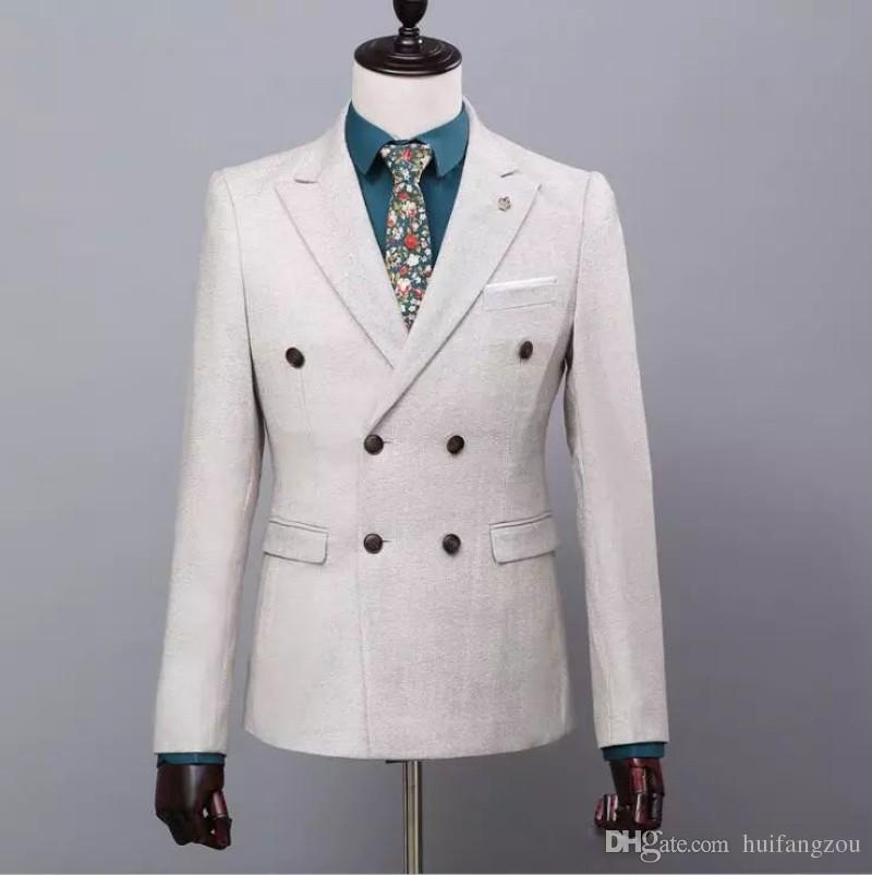 Hermosos trajes de novio Beige esmoquin de boda trajes ajustados para hombres Chaleco de chaqueta y pantalones de tres piezas trajes formales