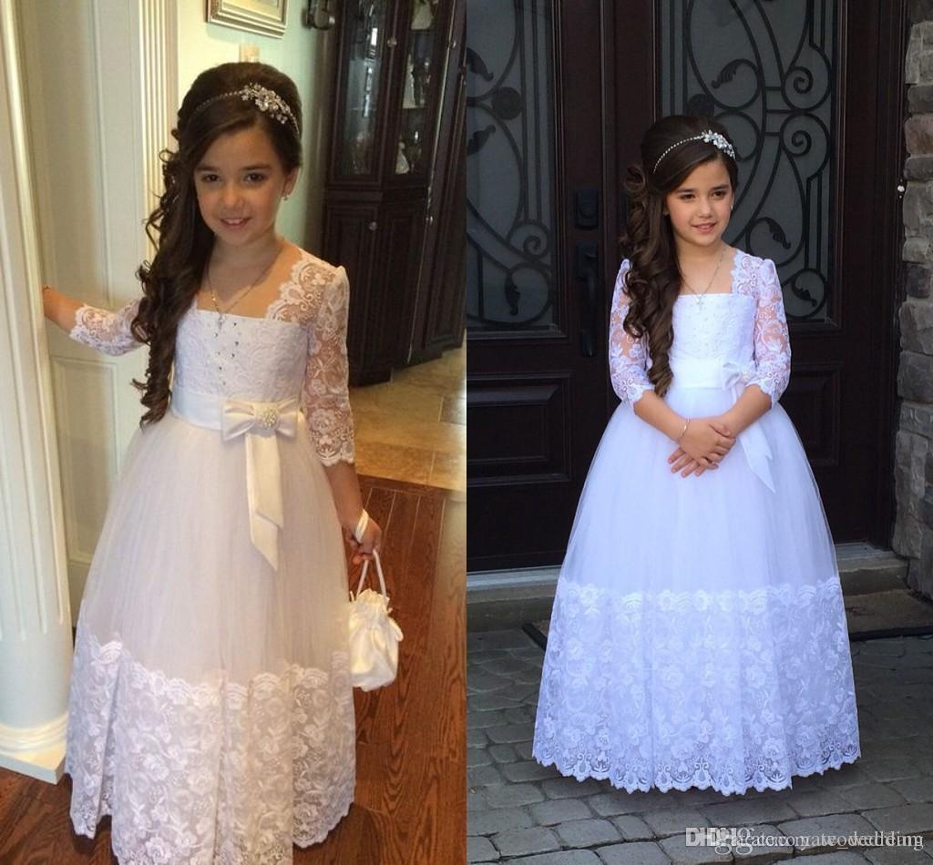 2020 Cute Princess Flower Girl Dress Illusion Lace Sleeves Beads Lovely Bow Abito lungo formale vintage Flowergirl per matrimoni Prima comunione
