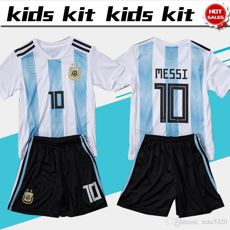 Compre 2018 Copa Do Mundo Argentina Futebol Jersey Kids Kit 2018 Argentina  Casa Branca Camisas De Futebol MESSI Criança Camisas De Futebol Uniforme  Jersey + ... f22faba1ca9