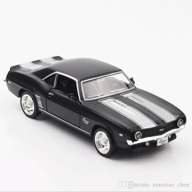 2018 American Muscle Car Chevrolet Camaro 1969 1:36 Scale