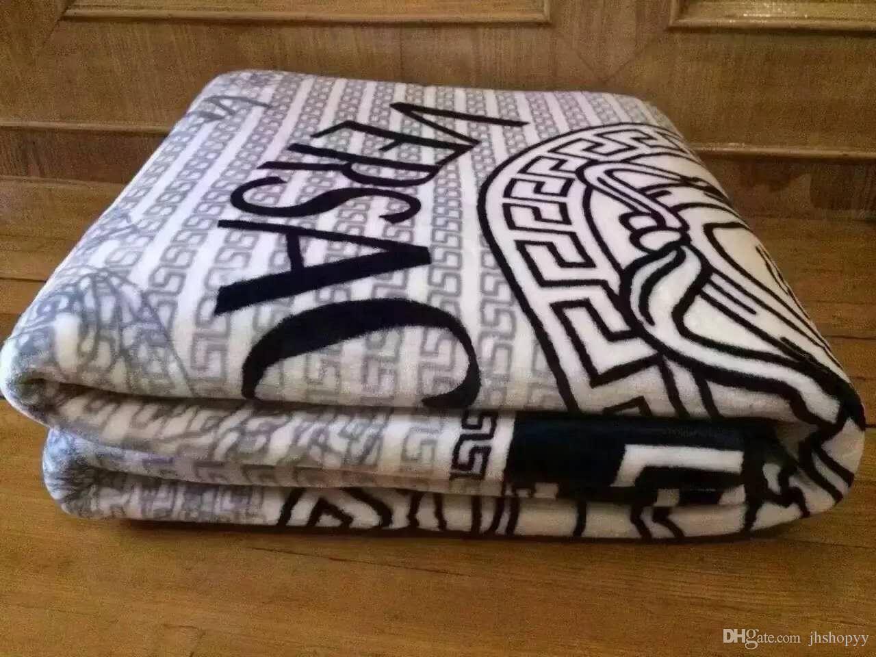 Hot brand van medusa blankets flannel luxury warm soft blankets jpg  1280x960 Flannel blankets 1364edb1e