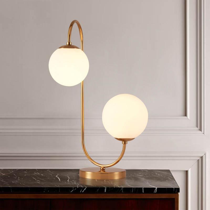 Acquista sgrow lampada da tavolo con sfere in vetro di for Lampade design