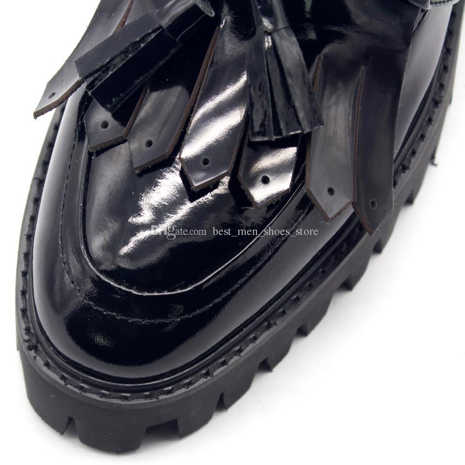 Borla con flecos Plataforma alta Zapatos de negocios formales Cuero de resbalón en el hombre Mocasines de conducción