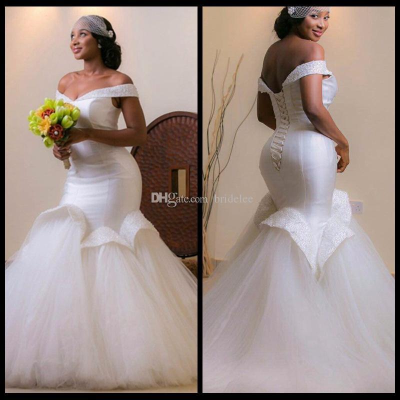 Robe de mariee en satin brillant