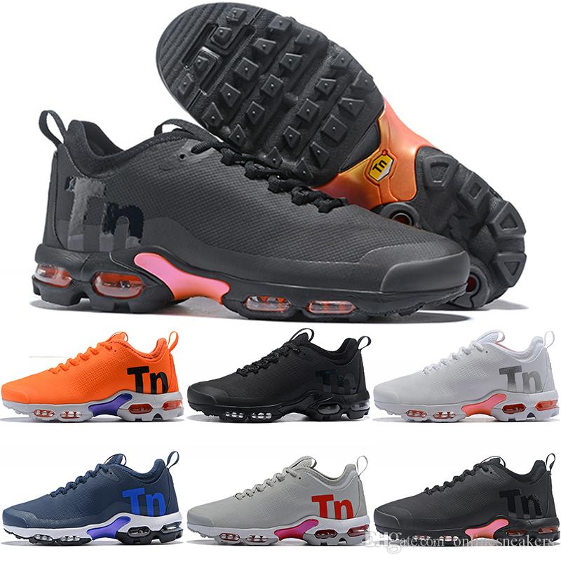 outlet store 848b5 6d645 Running Scarpe Nike Air Max Mercurial Plus TN Airmax Mercurial Plus Tn Uomo  Donna Scarpe Da Corsa Ultra Triple Nero Bianco Grigio Arancione Economici  Mens ...