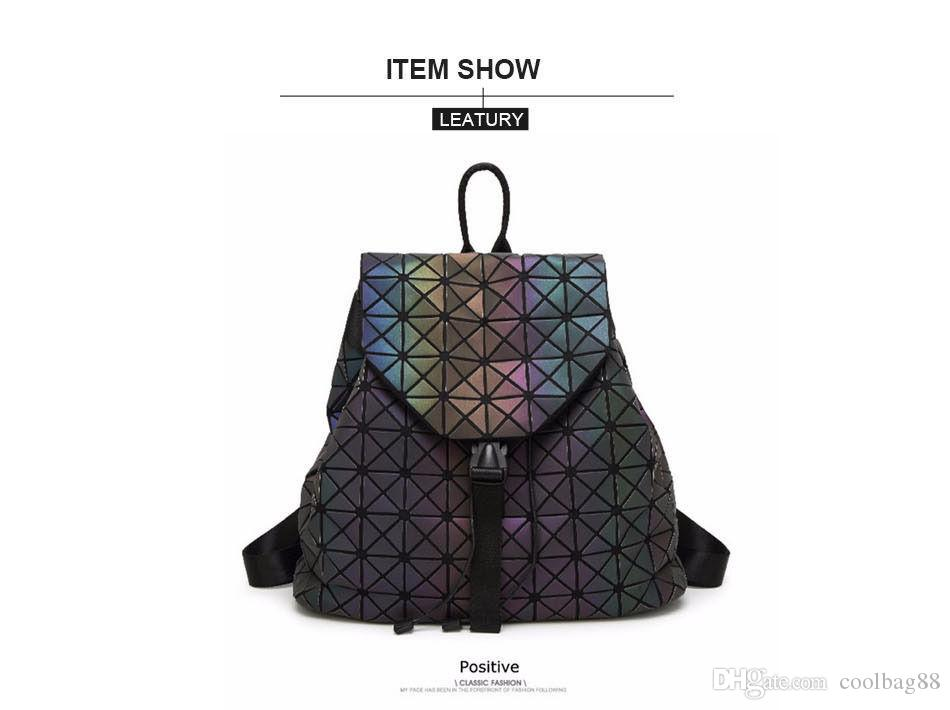 Luminous Backpack Diamond Lattice Bag Travel Geometric Fashion Bag  Noctilucent B Bookbags Backpack Purse From Coolbag88 530eda8b86765