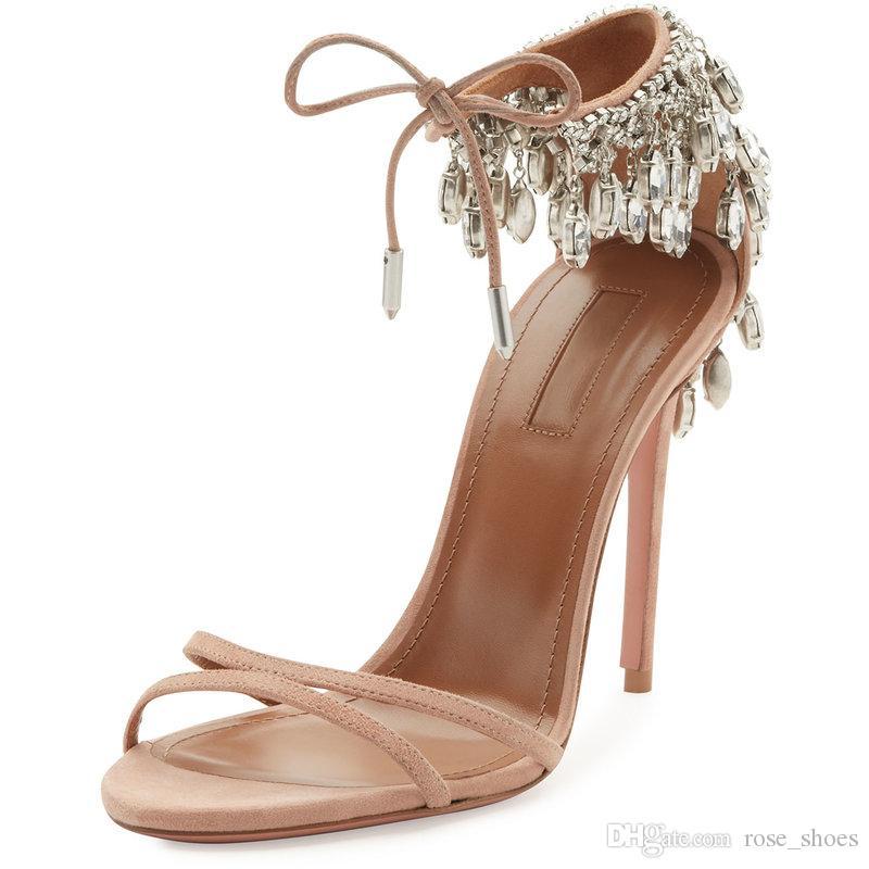 c0501b12c Compre Modas De Ouro Strass Sapatos De Festa Sandálias De Verão Dedo  Feminino Sexy Sapatos De Salto Alto Mulheres De Luxo Sandalen Dames Noiva  Sapatos De ...