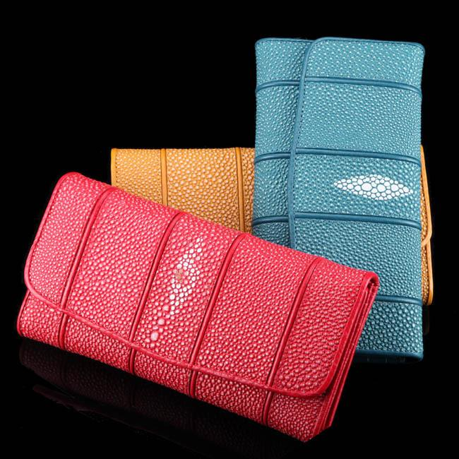 Pearl Fish Skin Women S Long Wallet Wallet Can Put Mobile Phone Leather  Wallet Black Wallet Black Leather Wallet From Yongfengbaobao 021cb18be