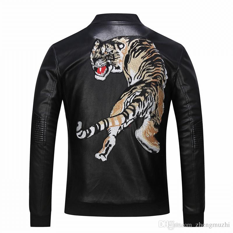 2018 nueva marca de lujo de cuero para hombre diseñador de moda bordado China tigre, de alta gama de lujo casual chaqueta de cuero m 3xl carga libre