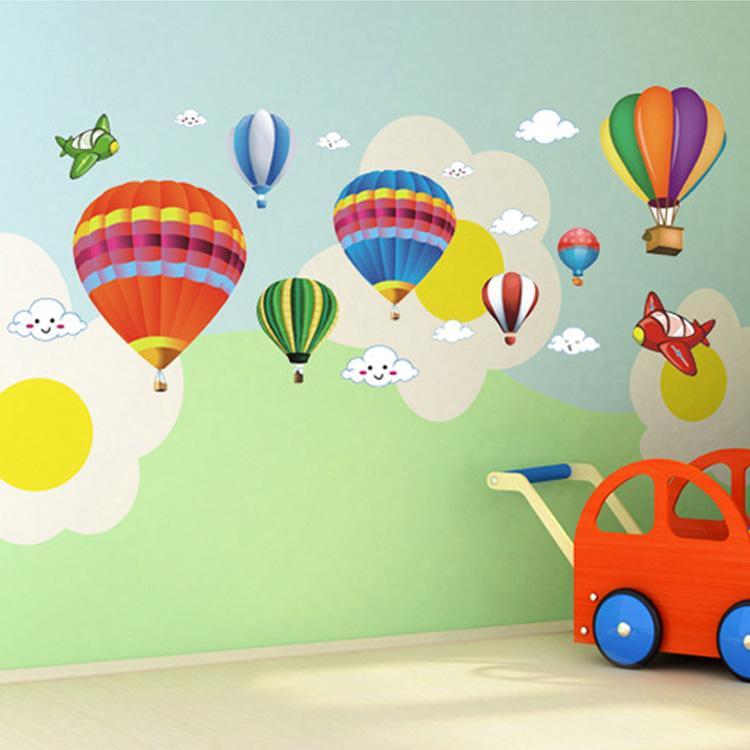 Compre Frete Grátis Adesivo De Parede   Sala Das Crianças   Sala De Aula De  Desenho Animado Layout Colorido Balões De Ar Quente Ambiental De Miniatur 5cf26198b36cd