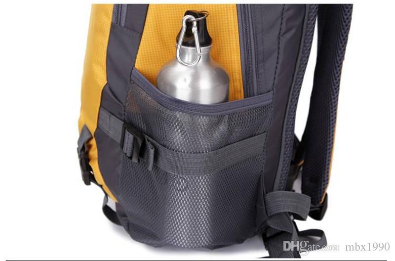 Nouveaux sacs à dos haute capacité Ultralight Randonnée Sac à dos Sacs d'école Sacs multifonctionnels Knapsackpacks Sport Sac à dos Sacs de voyage