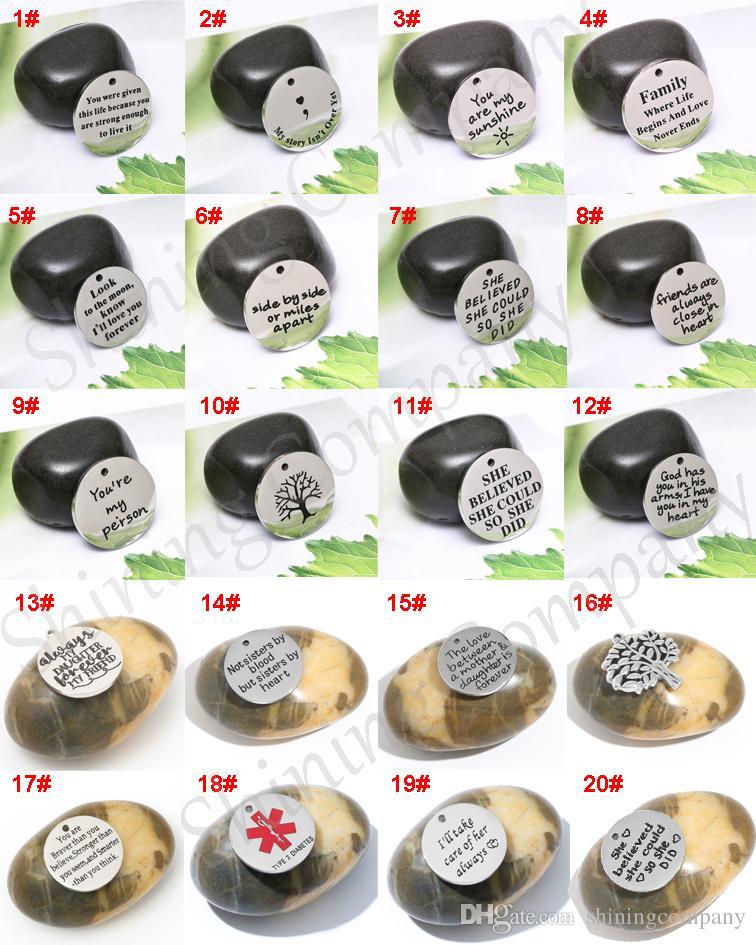 20 Designs Schriftzug Armbänder Charms Anhänger Baum des Lebens Halskette Anhänger Buchstabe Charm für DIY Schmuck