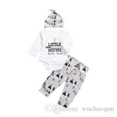 21 stilleri YENI Bebek Bebek Kız Noel hollowen Kıyafet Çocuklar Erkek Kız 3 Parça set T gömlek + Pantolon + Şapka Bebek çocuk Giyim setleri BY0142