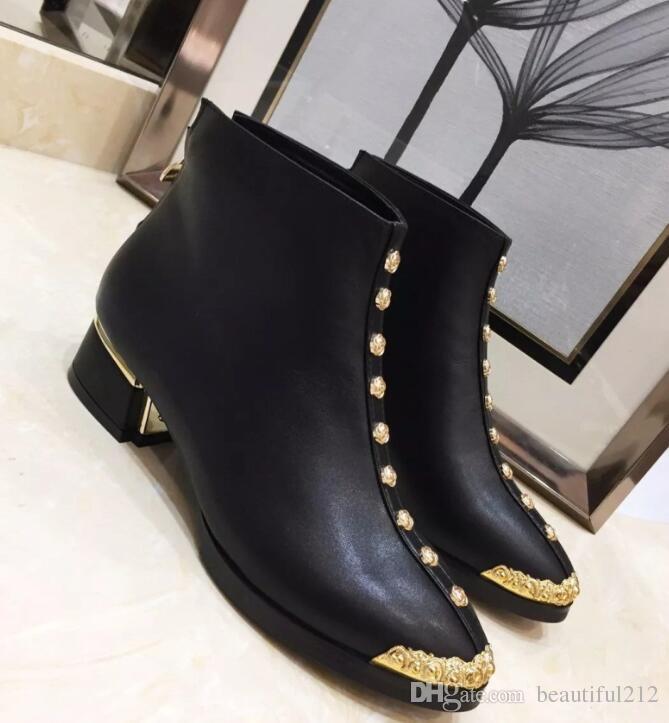 5bacb098c Compre Bordado Eléctrico Para Mujer Botas De Marca De Lujo Superior  Ambiente Elegante Moda Salvaje Cuero Genuino Zapatos De Mujer 4 Cm De  Altura Botas A ...