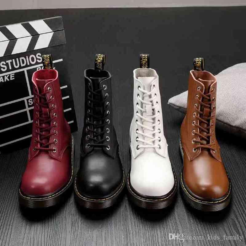 2f7ea20b80a Women Boots Flat Leather 2018 New Fashion Martin Boots Ladies ...