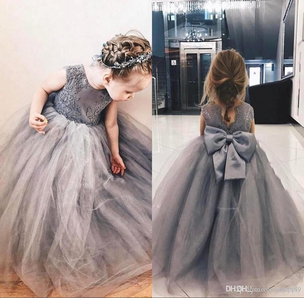 ad3c3c25d51 Navy Blue Cheap Flower Girl Dresses 2018 Beaded Lace Appliqued Princess A Line  Sleeveless Kids Toddler First Communion Dress Red And Black Flower Girl ...