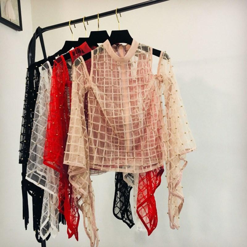 99a4f79f5 Hombro frío de las mujeres Camisa moldeada atractiva Otoño Blusa de manga  de la llamarada de la tela escocesa Malla transparente Blusa transparente