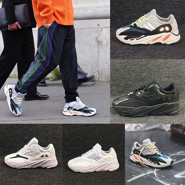 7db186e45 Acheter Adidas Yeezy Boost 700 Chaussures Convoitées 700 Wave Runner À La  Saison 5 En Craie Gris Uni White Core Black. Kanye West 700 Chaussures  Modèles ...