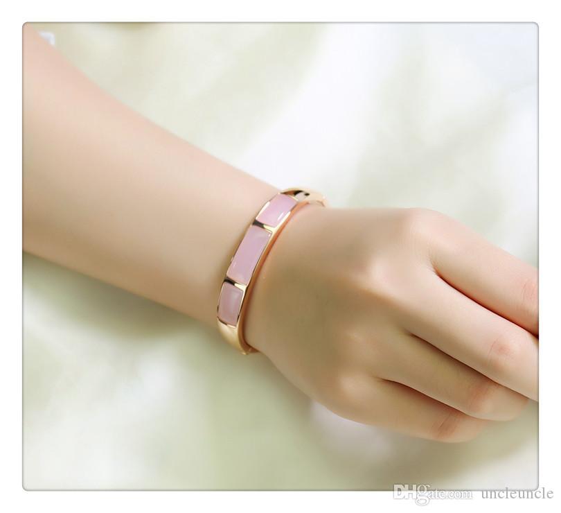 Марка Дизайн Розовое золото Цвет прямоугольника высокого качества Опалы Ретро Trendsetter Lady Bangle Браслет белый / розовый