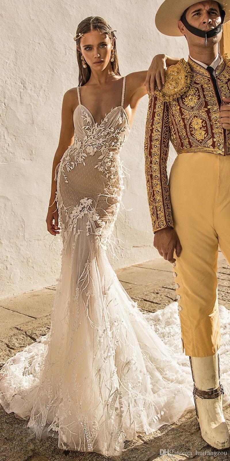 2018 Berta Newest Mermaid Wedding Dresses Spaghetti Lace Appliques Sweep Train Vintage Wedding Dresses Luxury Ostrich Feather Bridal Dress